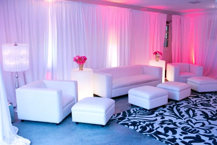 white-lounge-furniture