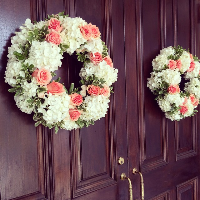 coral-and-white-floral-wreath