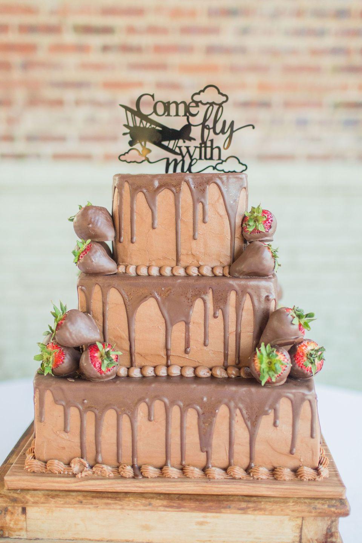 Pilot grooms cake