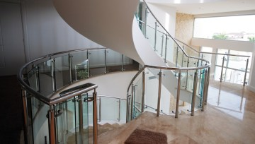 We can provide staircase and balustrade solutions for all types of rooms and spaces