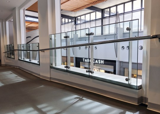 Robina Town Centre-Stainless Balustrade for Myer Extension