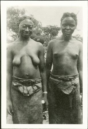 Two Zande women