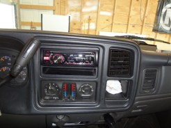 chevy silverado radio replacement