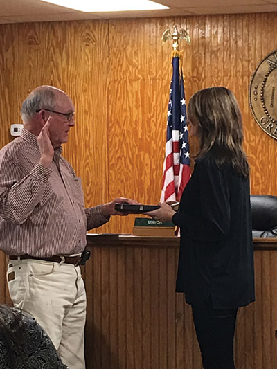 Sylvania swears in new mayor