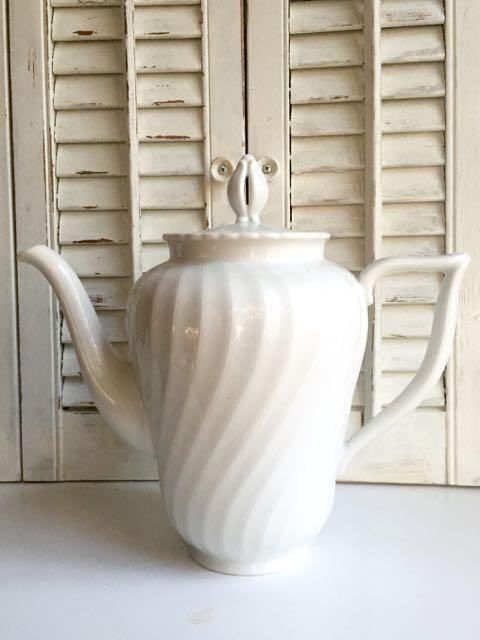 White Swirl Teapot