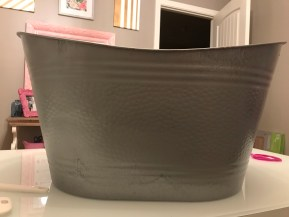 upcycle, farmhouse tub, galvanized tub, galvanized spray, upcycle, farmhouse tub, galvanized tub, galvanized spray paint, farmhouse decor, faux galvanized tub, summer parties, drink holder, dollar tree craft, dollar tree farmhouse decor, farmhouse project, party decor, tin, cricut project, vinyl project, hostess gift, gift basket idea