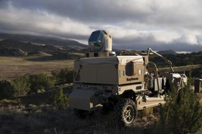Raytheon Shoot Down Viac Drones s Directed Laser Weapon
