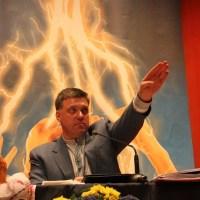 """Prof: """"De VS hebben een neo-nazi regime geïnstalleerd in Oekraïne"""""""