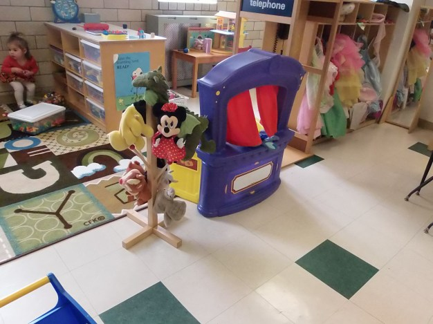dramatic play - puppets