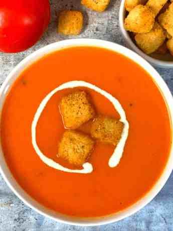 Best Creamy Tomato Soup Recipe