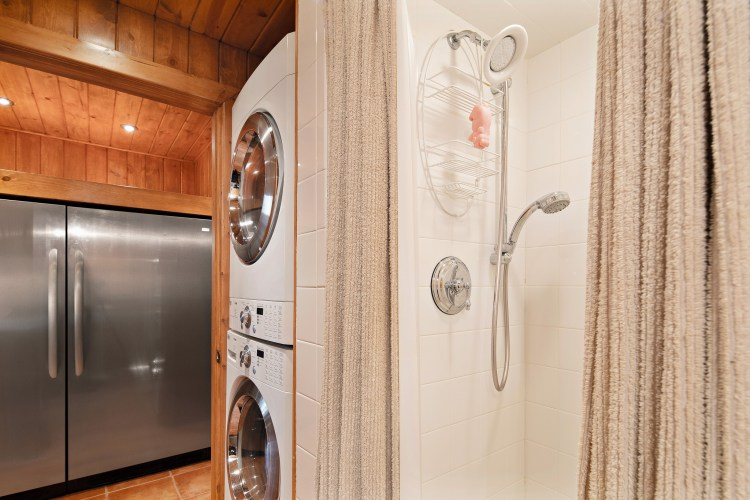 The Hall Bathroom/Laundry Room