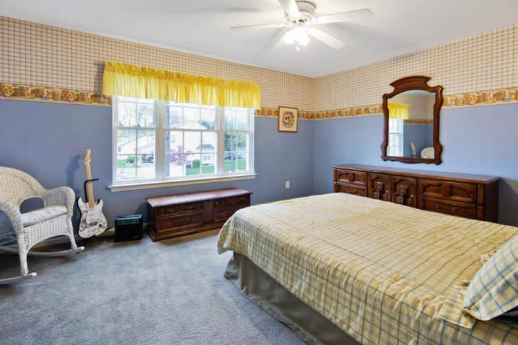 Bedroom with blue paint