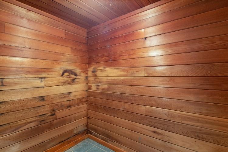 sauna at 1060 Mullica HIll road