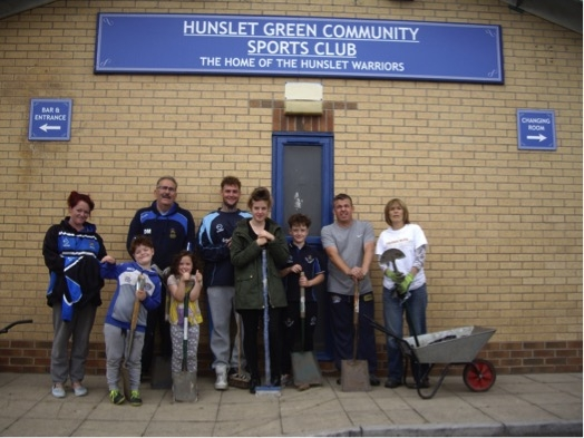 Some of the volunteers on Clean – up day – Give Back to Your Club