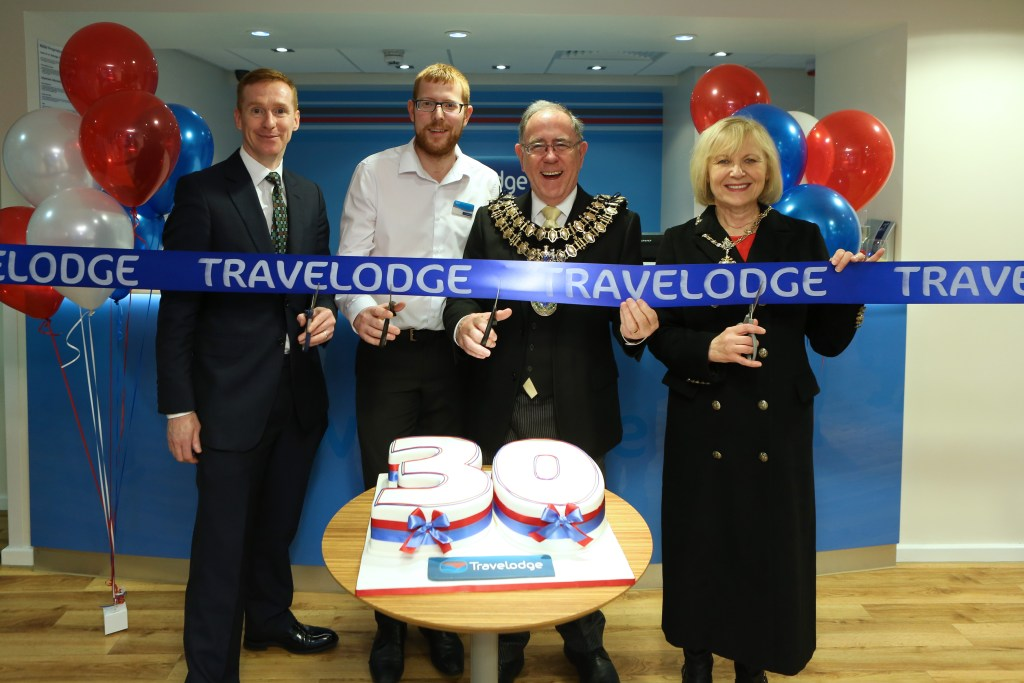 Tony O'Brien, Travelodge UK Development Director, Ben Tipping, Stockport Travelodge hotel manager with the Mayor and Mayoress of Stockport, Councillor Chris Gordon and Dr Margaret Gordon