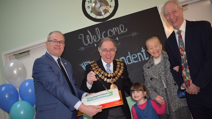 The Mayor of Stockport, Cllr Chris Gordon, helps Independent Options mark 40 years