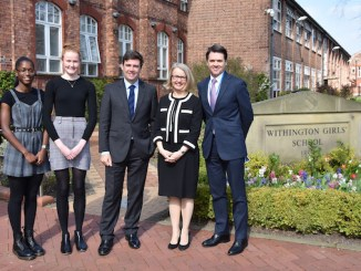 Nicola Ayoo (Deputy Head Girl), Florence Bradshaw (Head Girl), Andy Burnham, headmistress Sarah Haslam and Malcolm Pike (Chair of Governors)