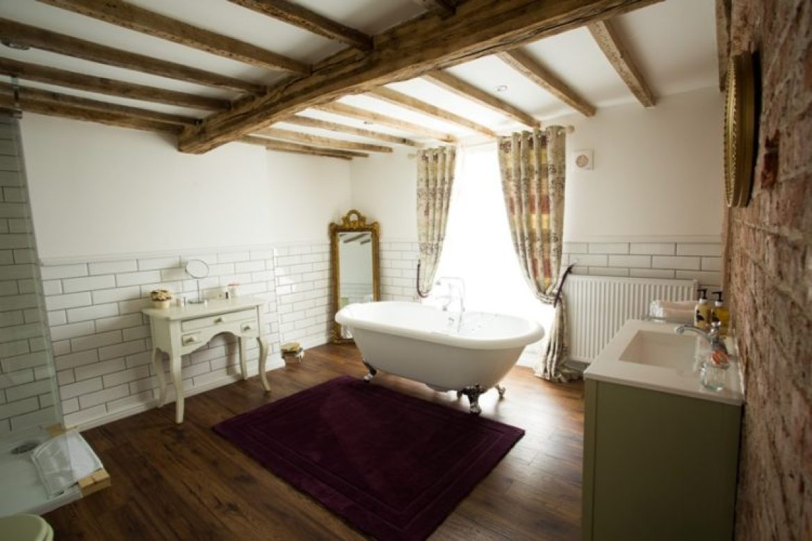Luxury bathroom in a suite at The Vicarage