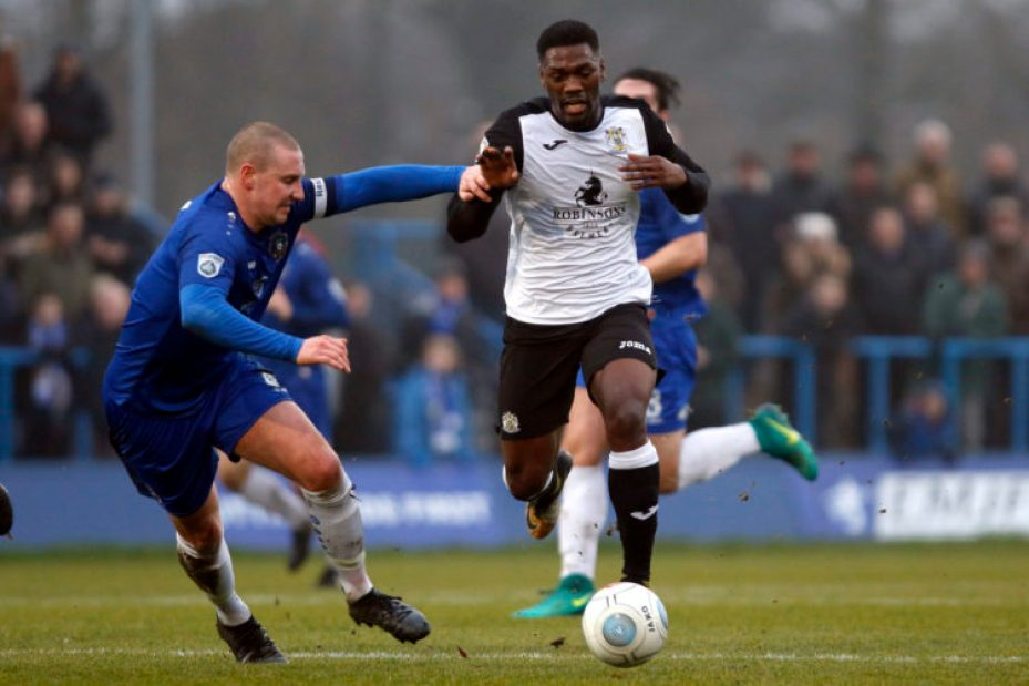 Darren Stephenson on the ball for Stockport County at Curzon Ashton
