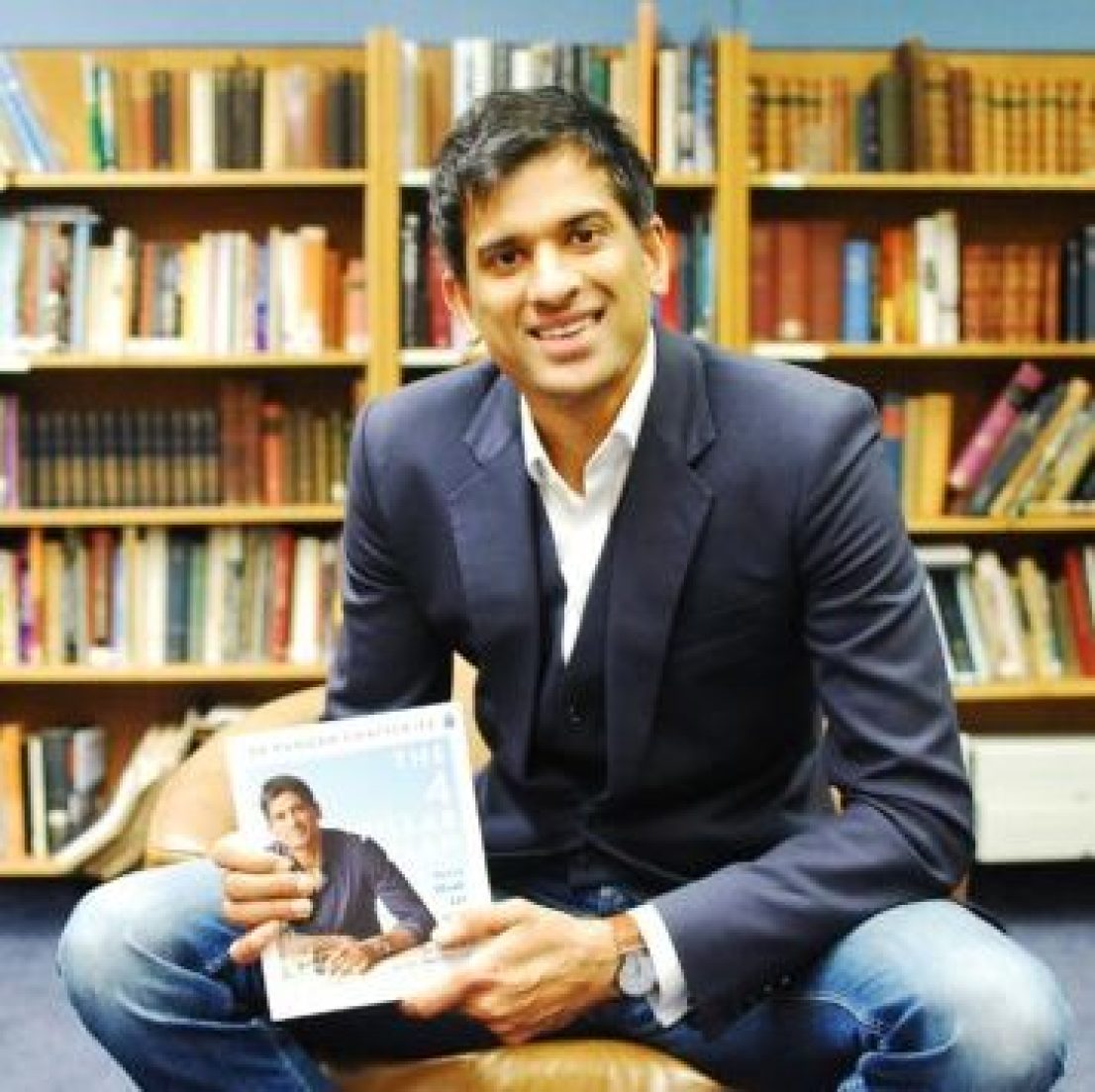 Dr Rangan Chatterjee with his new book