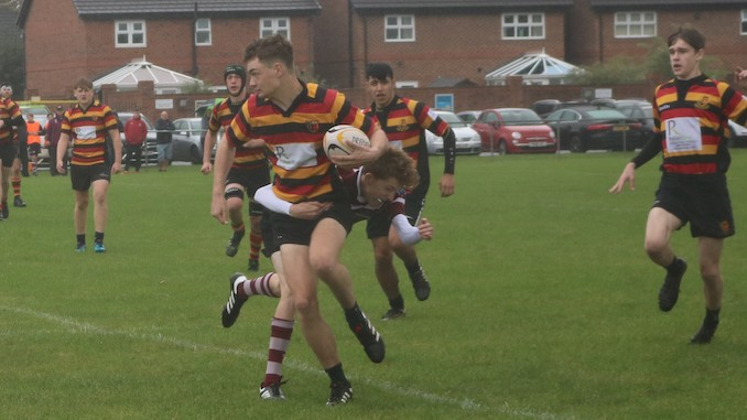 Heaton Moor lose out to Newcastle despite two super tries