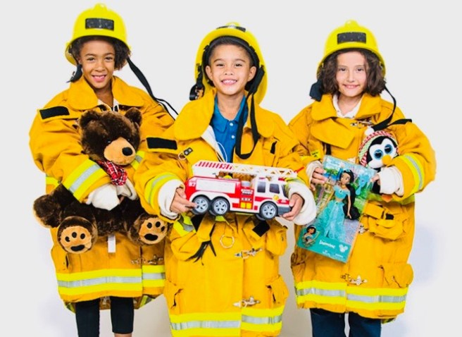 Orange County Spark of Love Toy Drive at Irvine Great Park December 13 2019