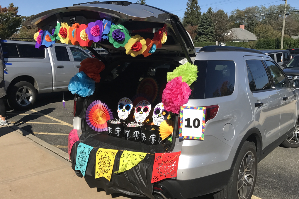 Church's annual Trunk or Treat event attracts thousands