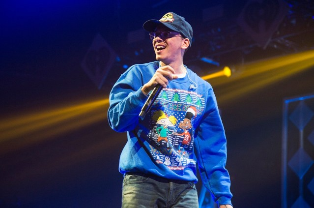 WATCH: Logic shows respect to Eminem on stage in Hawaii
