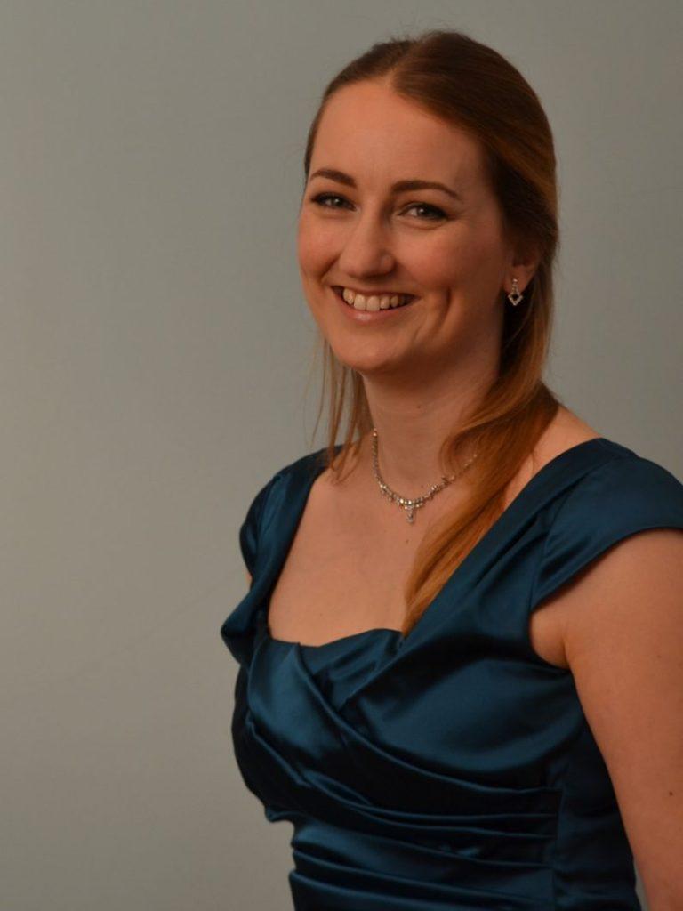 Louise Dickinson - Soprano Soloist
