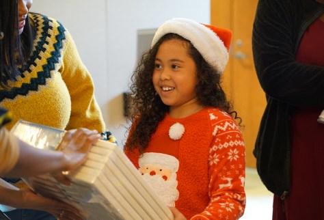 Holiday-Santa at NAAM 4-1