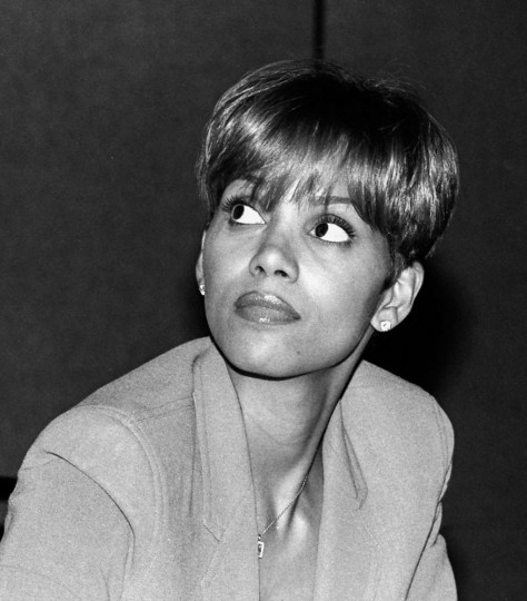 Notables- halle berry (1 of 1)