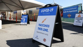 Featured image: Rainier Beach COVID vaccination site. (Photo: Alex Garland)