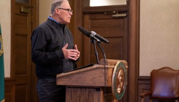Gov. Jay Inslee stands at a podium. (Photo: Emerald archives)