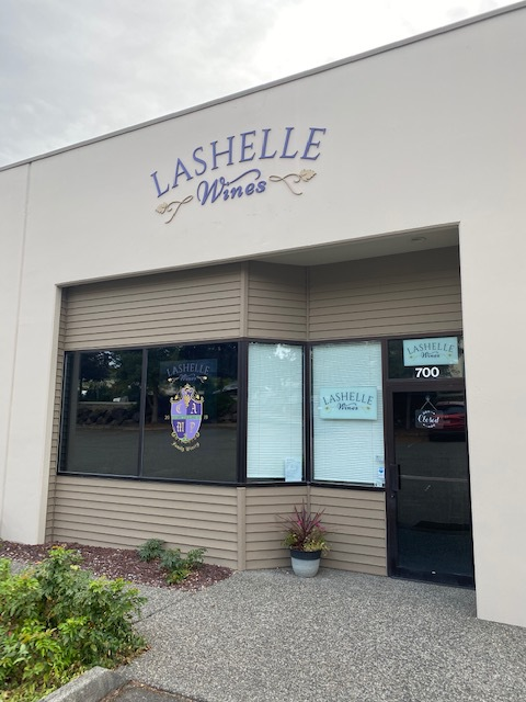 Photo depicting the building exterior of Lashelle Wines.