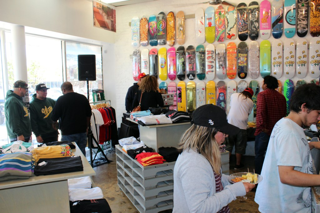 southside-skateshop-new-era-brunch-recap-waxaholics-and-guests-photo-eric-visentin