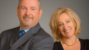 Realtors John and Renee Kunz