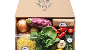 blue apron food box delivered