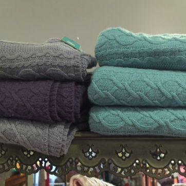 souvenir shopping Dublin Avoca blankets