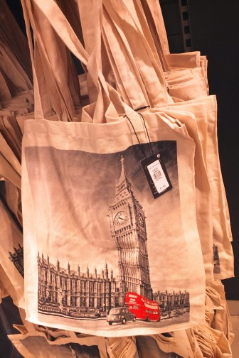 Top Frugal London Souvenirs