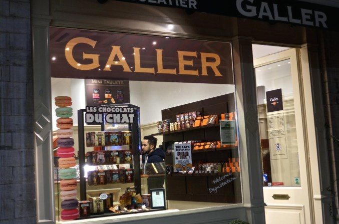 Galler right by the Grand Place.