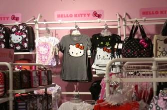 FAO Schwartz NYC toys kids hello kitty t shirt clothes