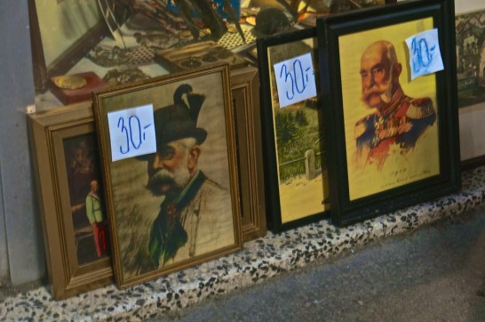 spittelberg vintage shopping vienna paintings art