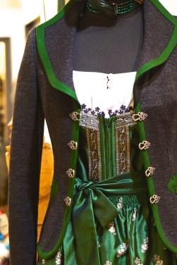 Shopping Austrian Traditional Dress