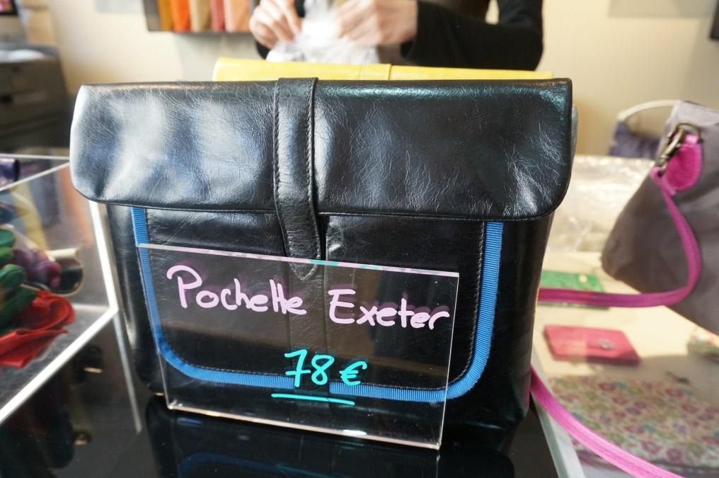 I love ultra slim handbags, it's hard to over stuff them. (where to buy handbags, Paris, Marais District).