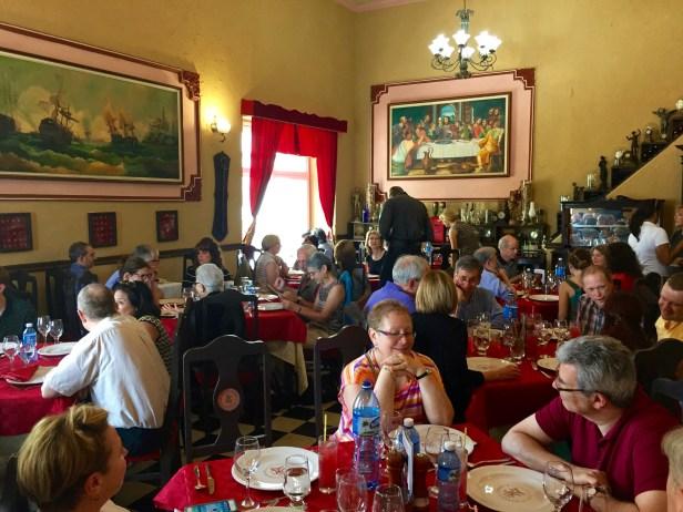 lunch at La Moneda Cubana