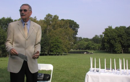 34th Chaplain Jack Rowan at the 2002 Memorial Service, held at the Vietnam Memorial in Washington, DC