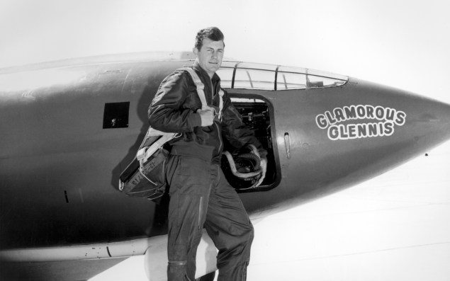 Chuck Yeager in front of the Bell X-1, 1940s. Photo courtesy of US Air Force, public domain