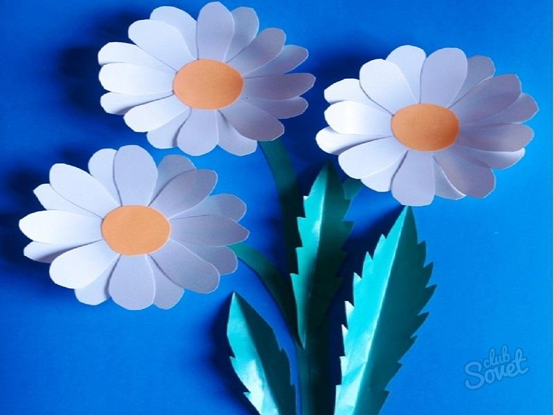 Лет, цветок из цветной бумаги для открытки своими руками