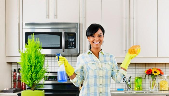 Чистота в каждом уголке: чистим микроволновку от надоевшего жира. Как почистить микроволновку и без труда устранить даже сильные загрязнения