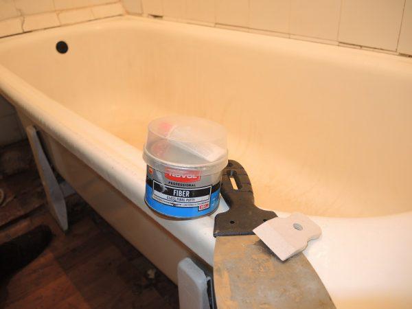 Acril lichid pentru restaurare